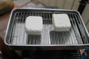 wedzenie białego sera